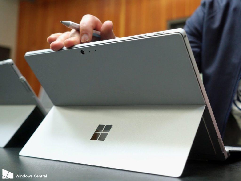 همه چیز در مورد سرفیس پرو جدید مایکروسافت